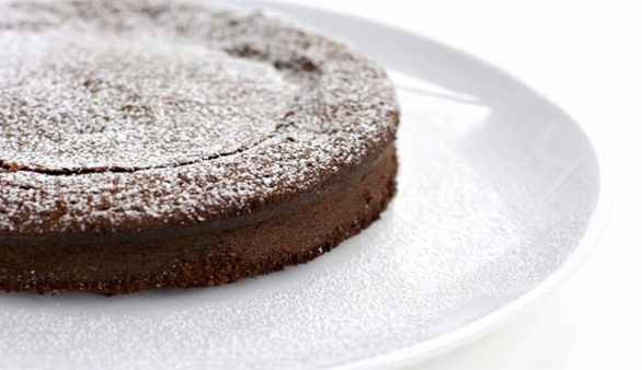 Veganer Schoko Nuss Kokos Kuchen Rezept