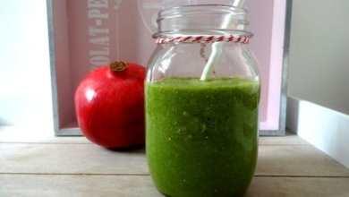 Grüner Granatapfel-Minze Smoothie